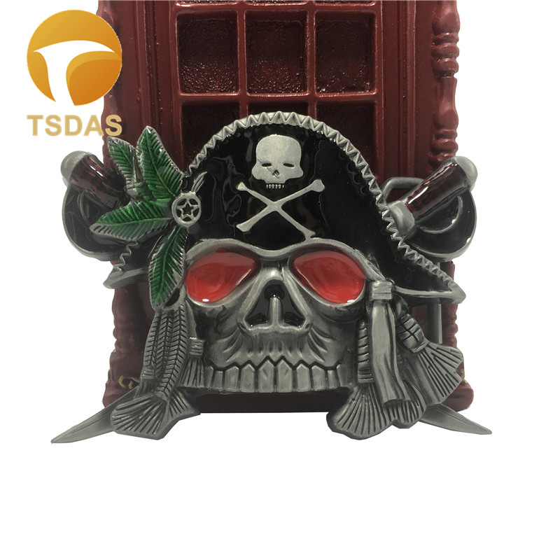 Free Shipping Men Metal Belt Buckle With Black Pirate Skull Head Designer, Fashion Western Belt Buckle Many in Stock
